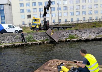 Услуги по ликвидации загрязнения и засорения участка реки Невы